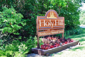 Holy Hill Basilica sign